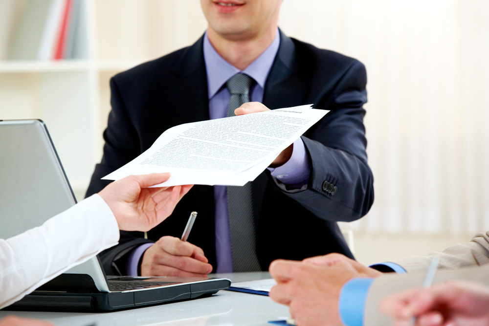 Makler Unterschrift Kunden Berater Hand